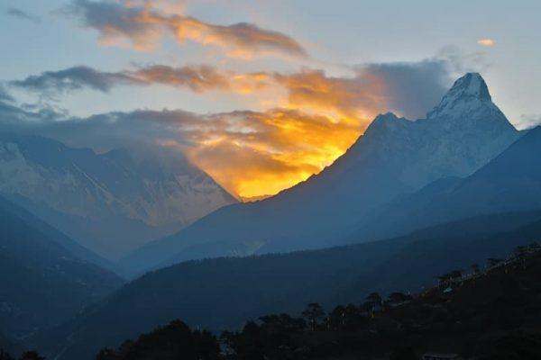 Răsărit cu Ama Dablam, Tengboche, Everest base camp trekking