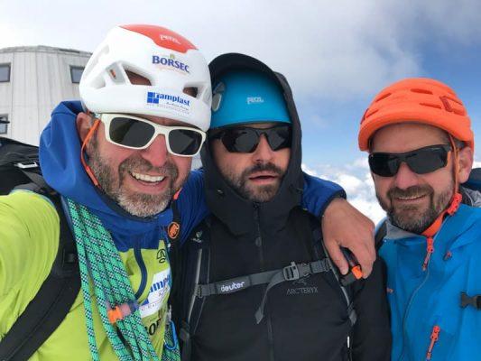 alpiniști la refuge de gouter, mont blanc